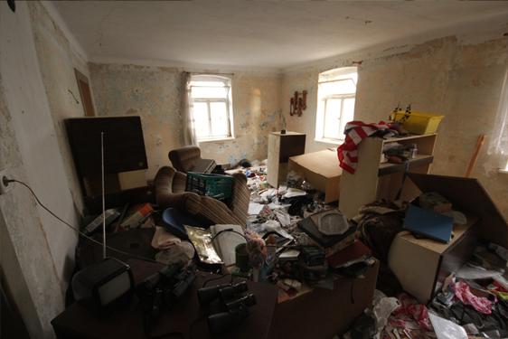 Ein Zimmer vor der Beräumung
