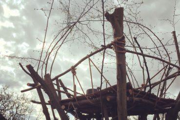 Baumhaus natürlich bauen